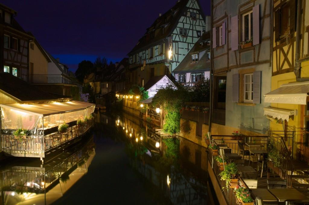 Apprenez à bien choisir votre hébergement en France.